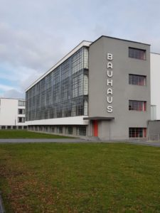Bauhaus Dessau Hauptgebäude Schule