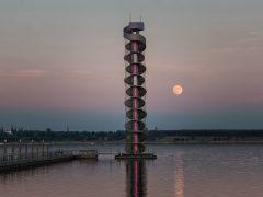 Goitzsche Pegelturm - im Mondschein
